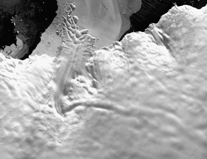 astrolabzoom.jpg - Image SPOT du glacier de l'Astrolabe, en Antarctique